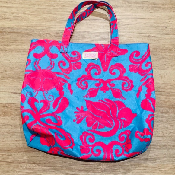 Lilly Pulitzer Handbags - Lily Pulitzer Beach/Pool Bag 🏖 🏝